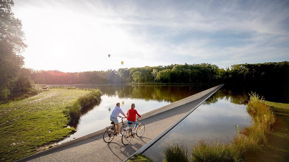 Limburg_Fietsen_door_het_water-65.jpg