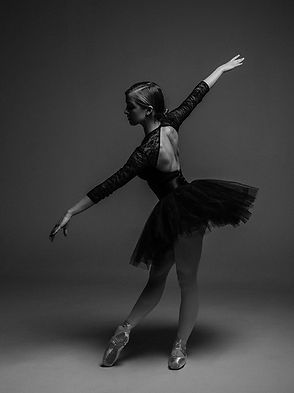 people-woman-black-and-white-dancer.jpg
