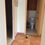 WC avant.JPG