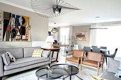 salon agencé, meublé et décoré par l'ate