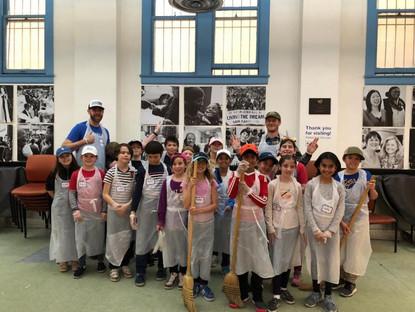 Fourth Graders Volunteer at Glide
