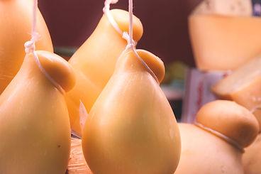 Vendita formaggi Siciliani