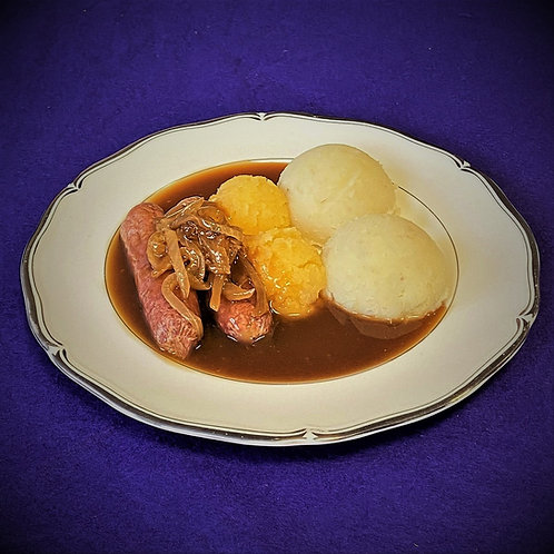 Beef Sausages in Onion Gravy