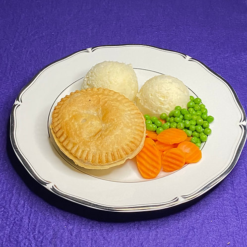Minced Steak and Onion Pie Meal