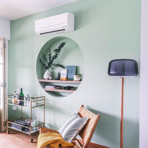 chic-living-room-wall-shelf-1-of-1jpg