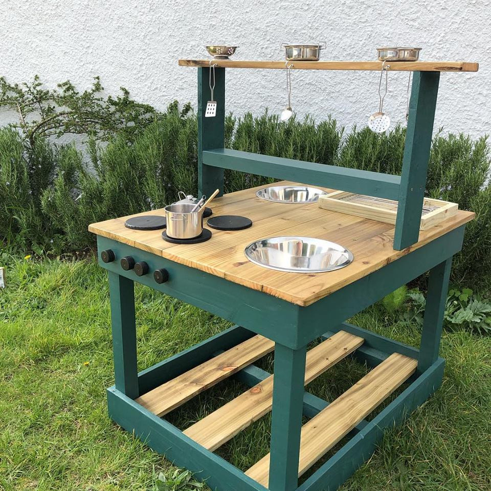 Olive Mud Kitchen