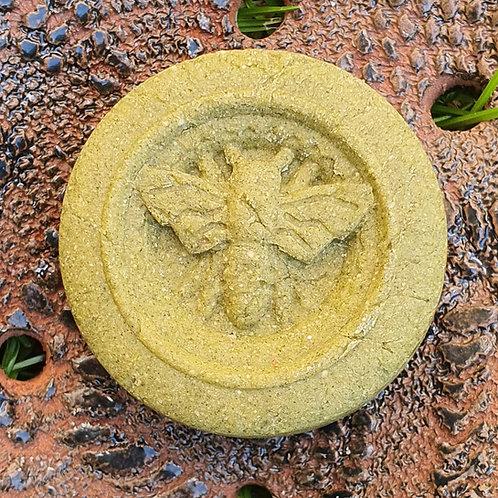 Șampon solid împotriva căderii cu ulei de dafin.