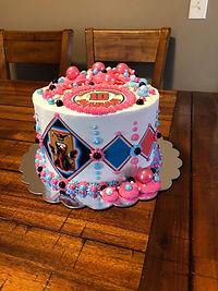 Marahs Cake 1.jpg