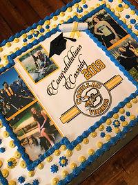 Cassidy's Grad Cake 1.jpg
