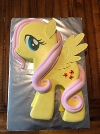 Emmilia's 1st Cake 2.jpg