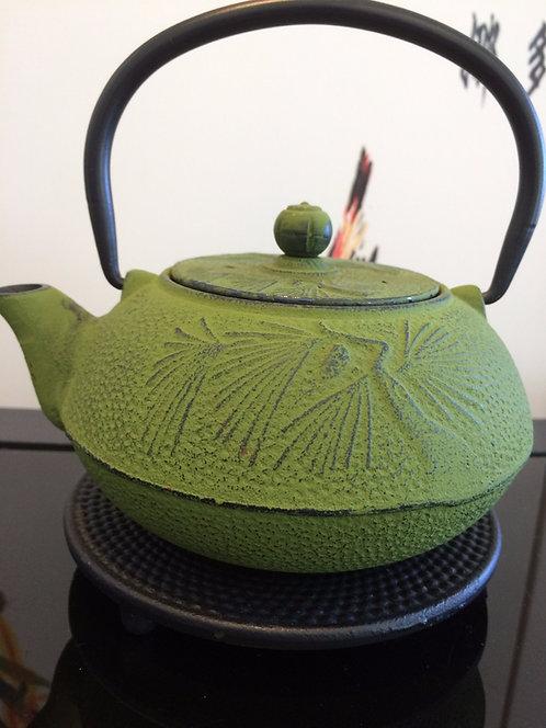 Cast Iron Teapot - Pandanus Green (600 ml)