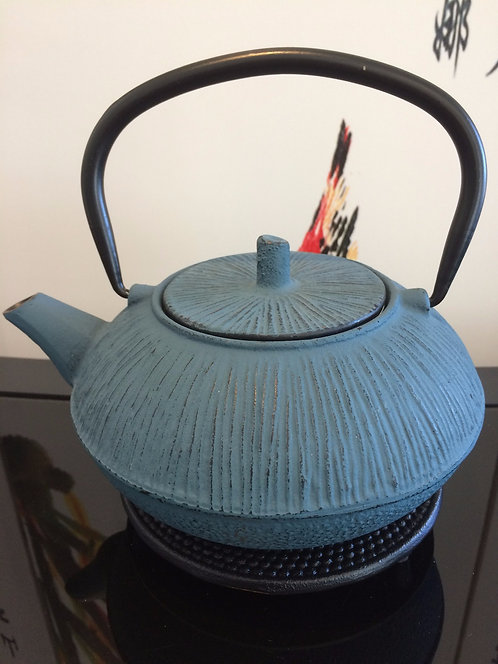 Cast Iron Teapot - Straw / Blue / Black (800 ml)