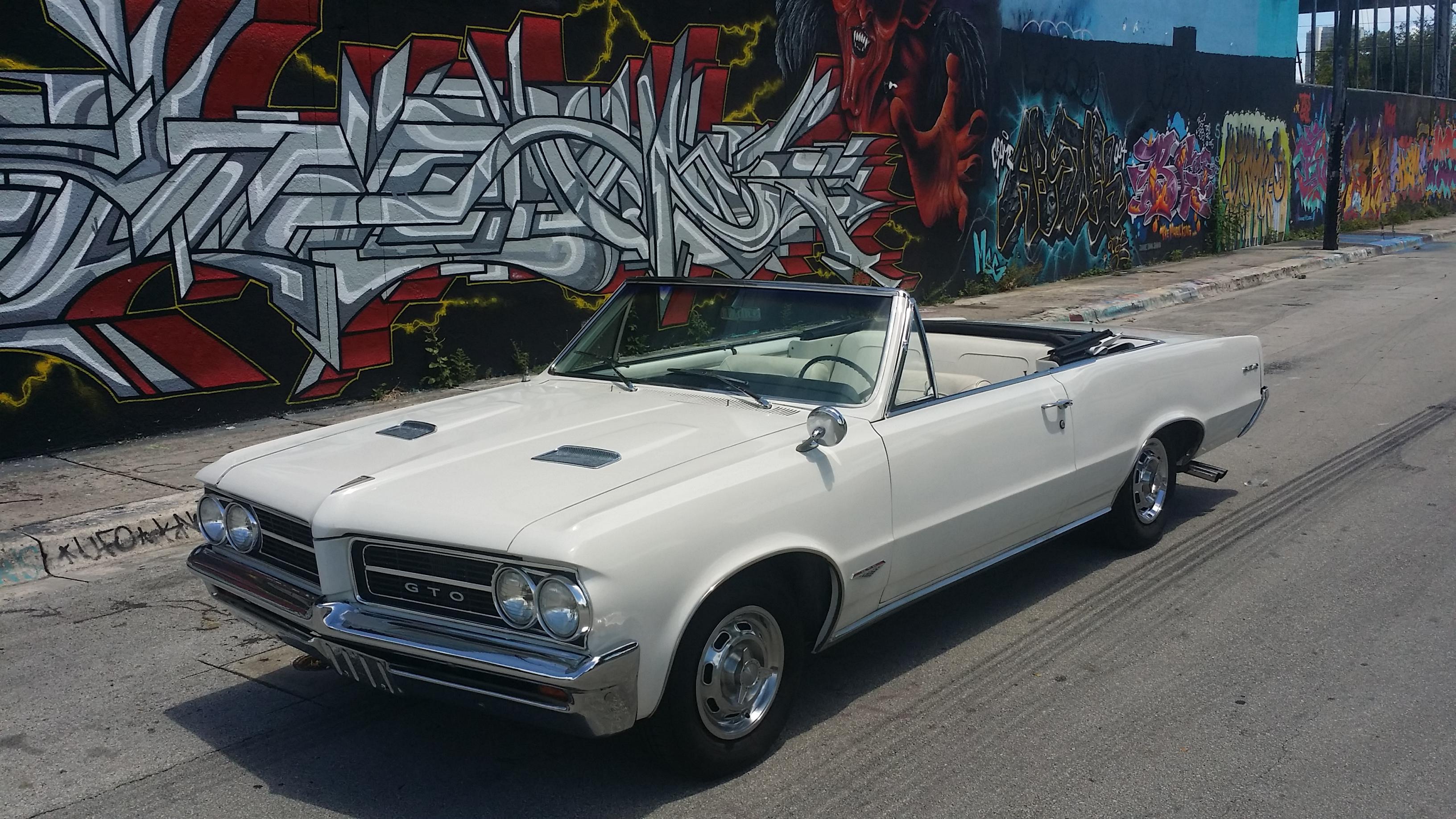 Miami Vintage Prop Cars
