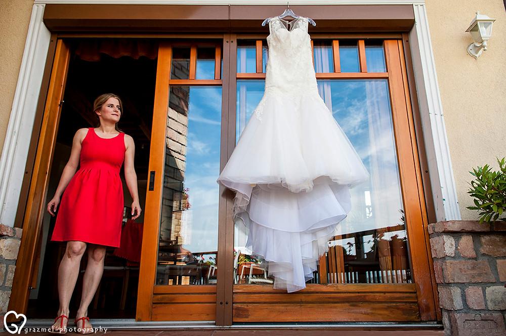 esküvői készülődés fotózása, Grazmel esküvői fotó, budapesti esküvő