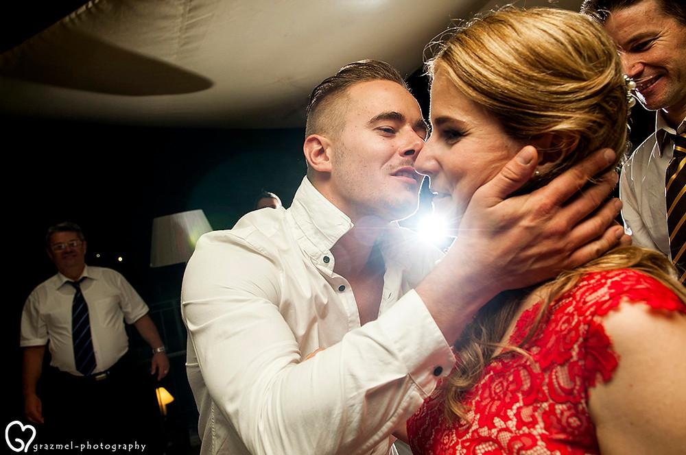 canadian wedding in Budapest, Grazmel Wedding Photography, lagzi, wedding party