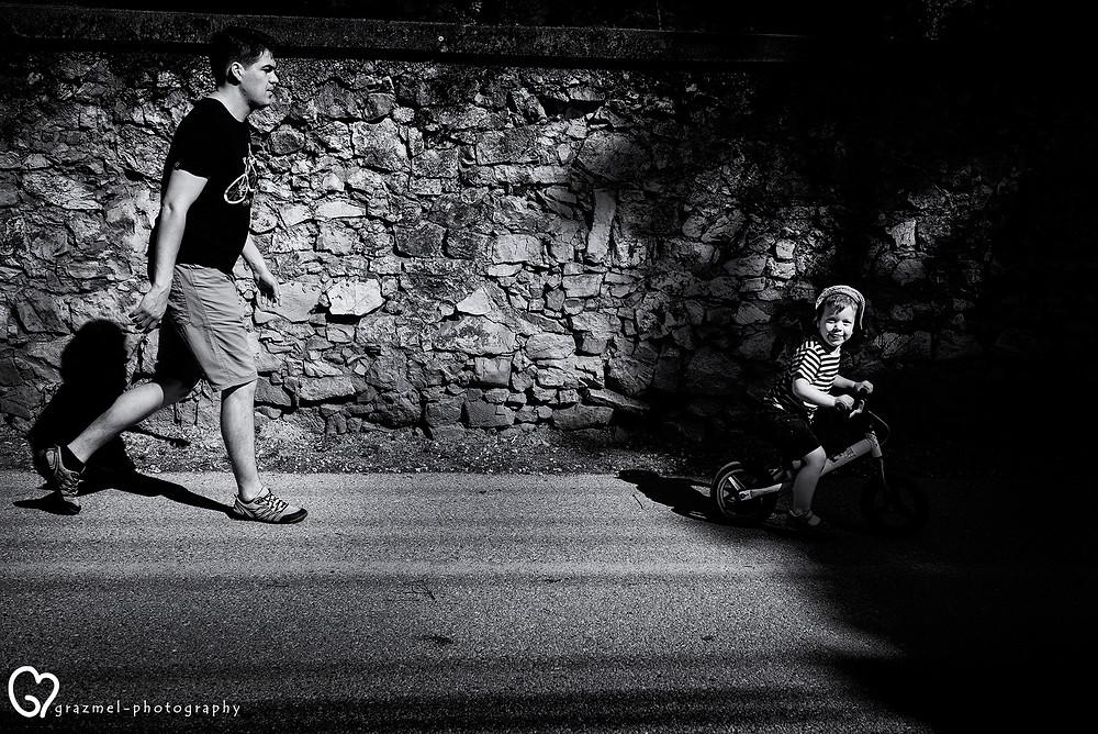 Történetmesélő család fotózás, dokumentarista, családfotózá,s otthonotokban, család fotós,  family storytelling BudapestTörténetmesélő család fotózás, dokumentarista, családfotózás otthonotokban, család fotós, családi fotós Budapest, giccs mentes családi fotók, a család fotós