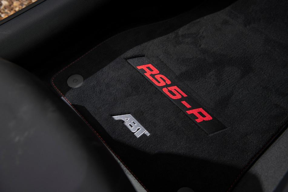 RS5-R-10.jpg