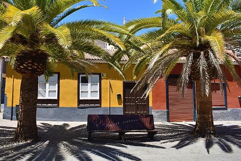 Santa Cruz de Tenerife (Giving Getaway)