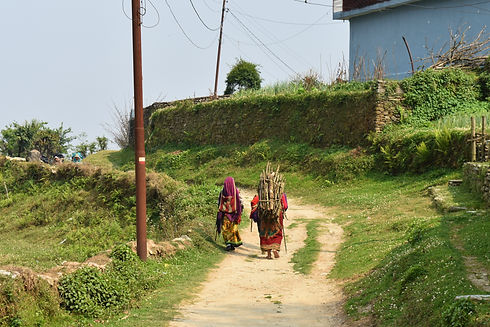 Nepalese Women (Image by Anna Osowska)