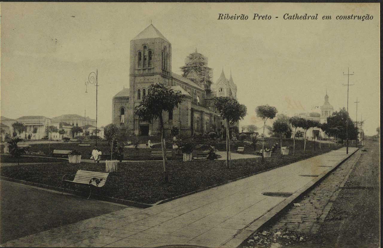 Catedral em Construção.jpg