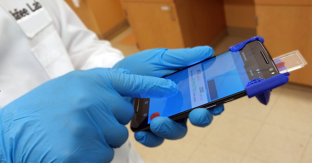 Using a smartphone wearing gloves