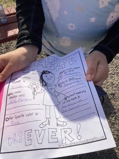 A worksheet titled 'Best Mom Ever!'