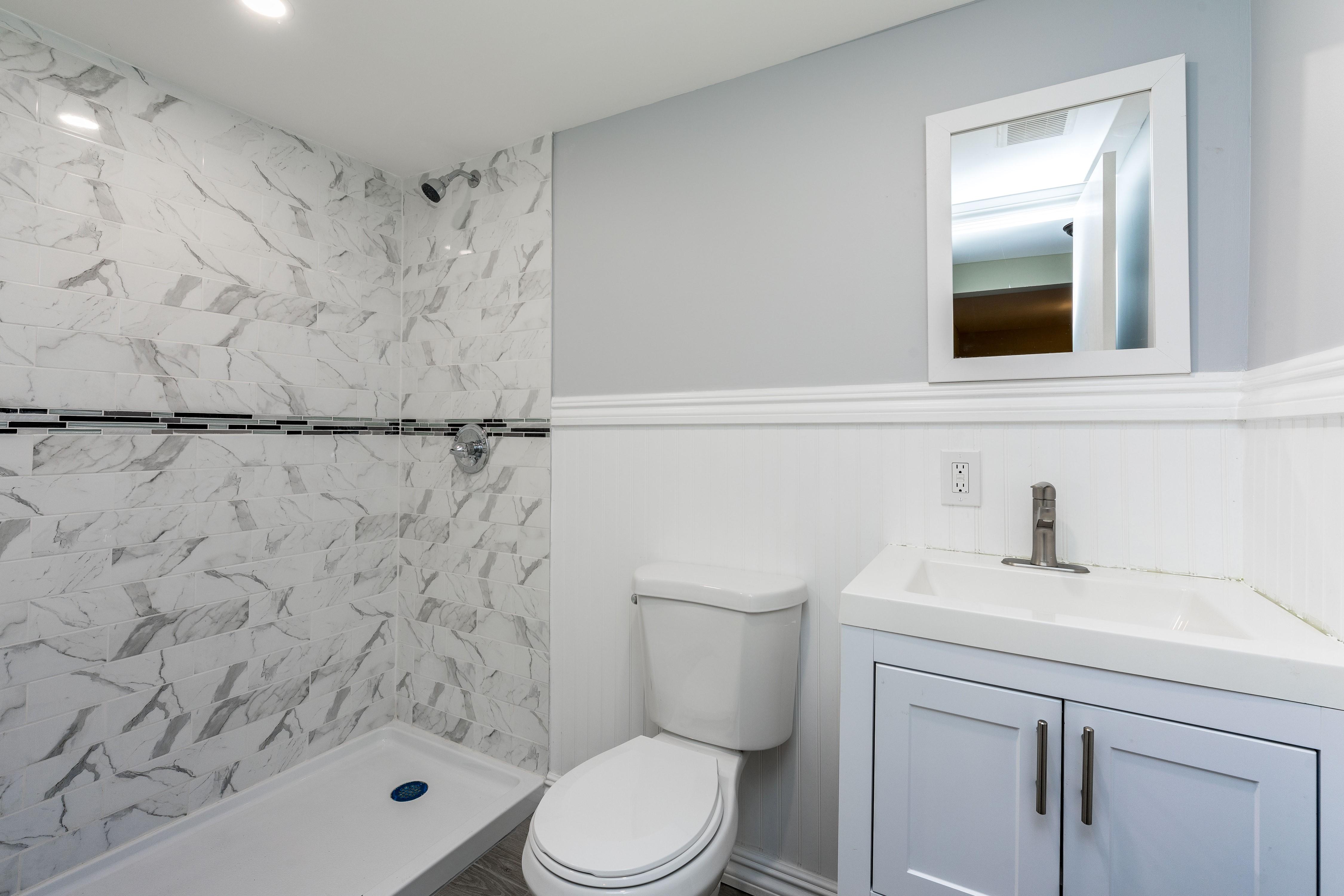 019_Basement Bathroom
