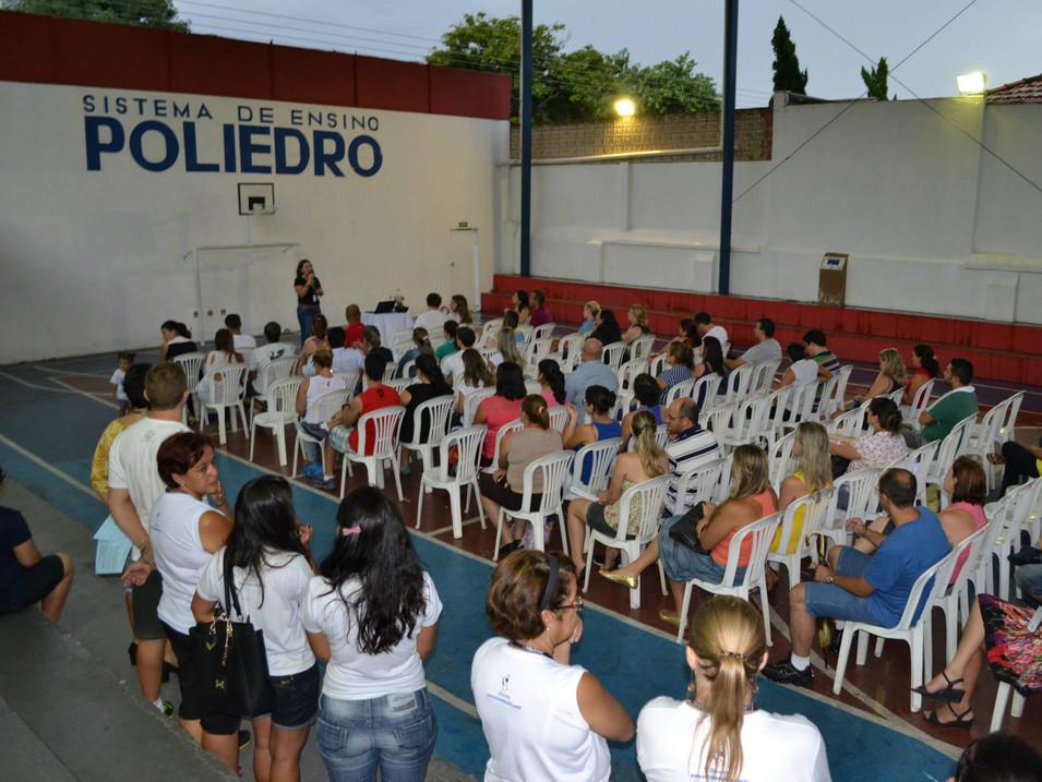 Palestras e Reuniões de Pais