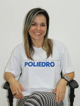 Débora Carneiro