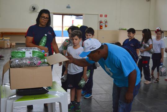 """Triunfo Transbrasiliana participa da 2ª pesagem da campanha """"Eu Ajudo na Lata"""""""