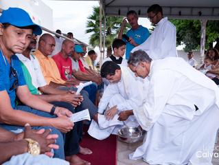 Lava-pés emociona público em missa na CSA