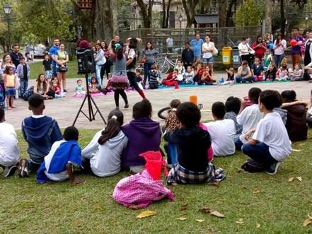 Dia das Crianças na Praça da Liberdade
