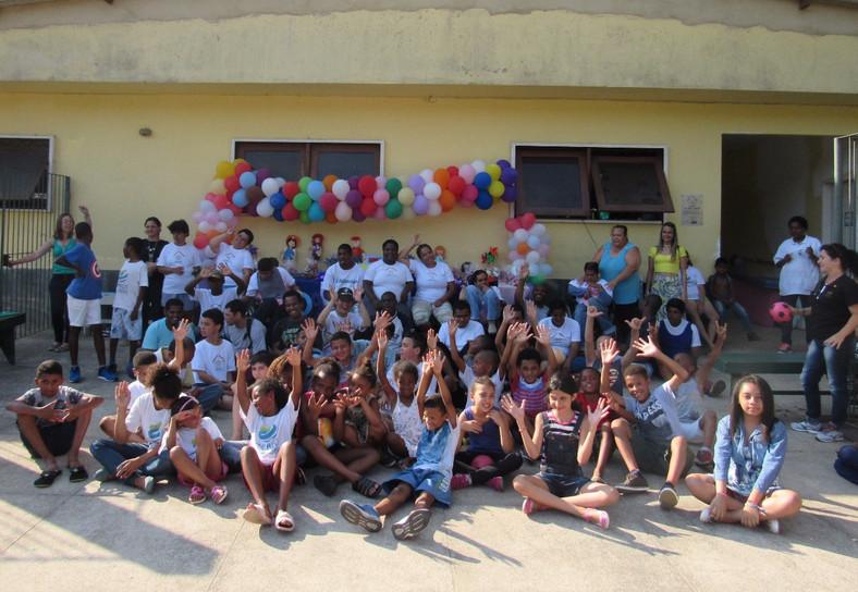 Lar realiza festa de Dia das Crianças