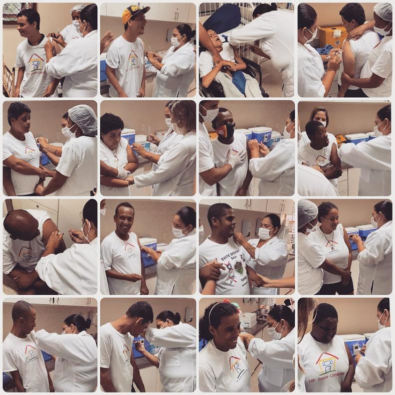 Primeira dose da vacina contra a Covid-19 no Lar Santa Catarina