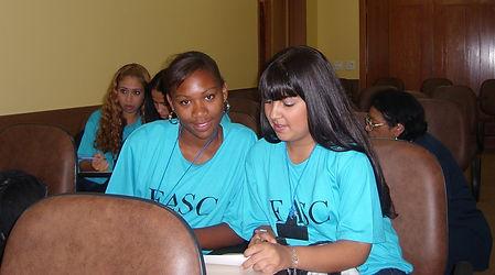 curso de atendimento ao público, curso em São José dos Campos, FASC, projeto social, solidariedade, voluntário, voluntariado, hotelaria itinerante, doação, contribua, biblioteca, livros, leitura, sala de estudo, estudo, primeiro emprego