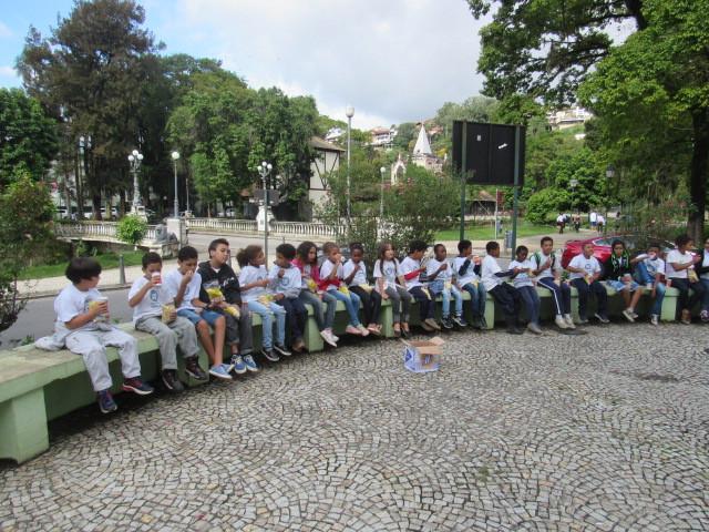 Projeto Espaço do Saber visita o Museu Casa de Santos Dumont