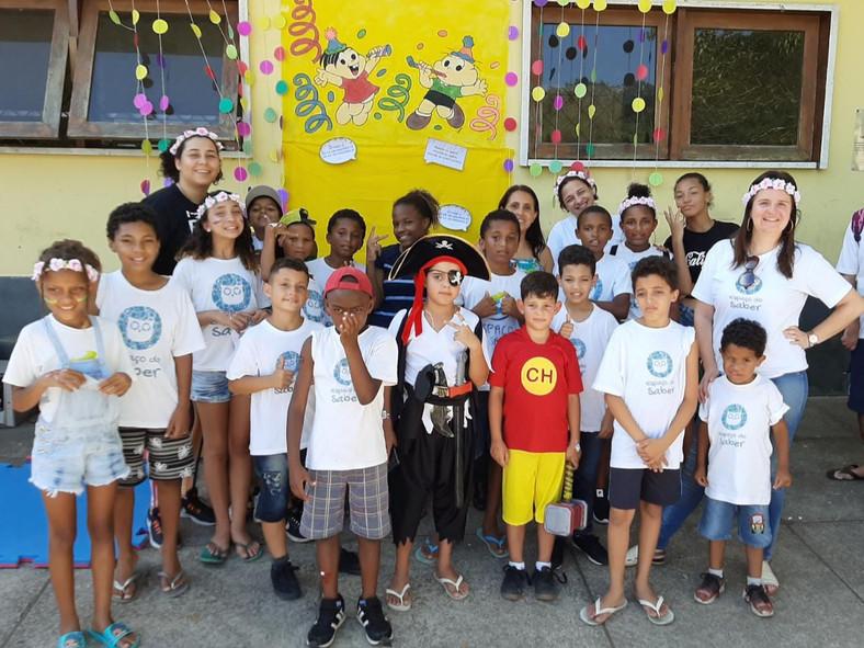 Baile de Carnaval no Lar Santa Catarina