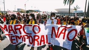 Governo compra 1 milhão de cestas com biscoito e açúcar sem ouvir indígenas