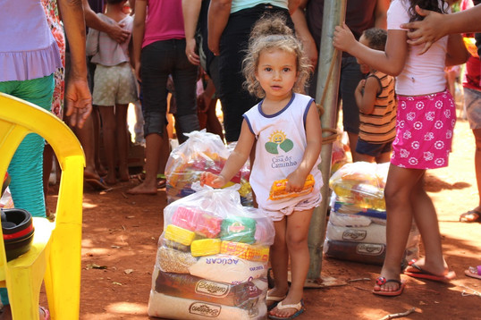 Campanha da Triunfo Concebra arrecada mais de uma tonelada de alimentos