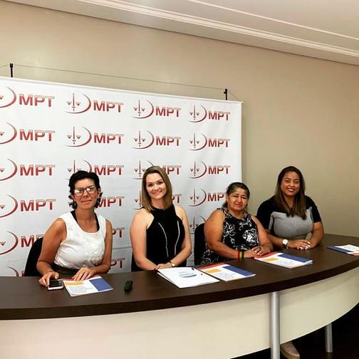 Estudo sobre a situação das mulheres migrantes trabalhadoras domésticas na tríplice fronteira