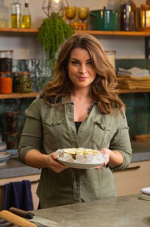 Miljuschka Witzenhausen Client: 24 Kitchen - Wat Eten We Vandaag TV show Photographer: Rosie Beare Produced by Scrambled