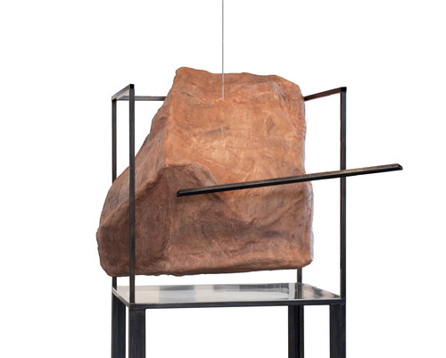 Rock and Vitrine in Conflict