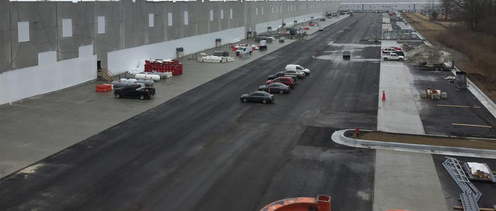 shrink wrap opening for distribution center