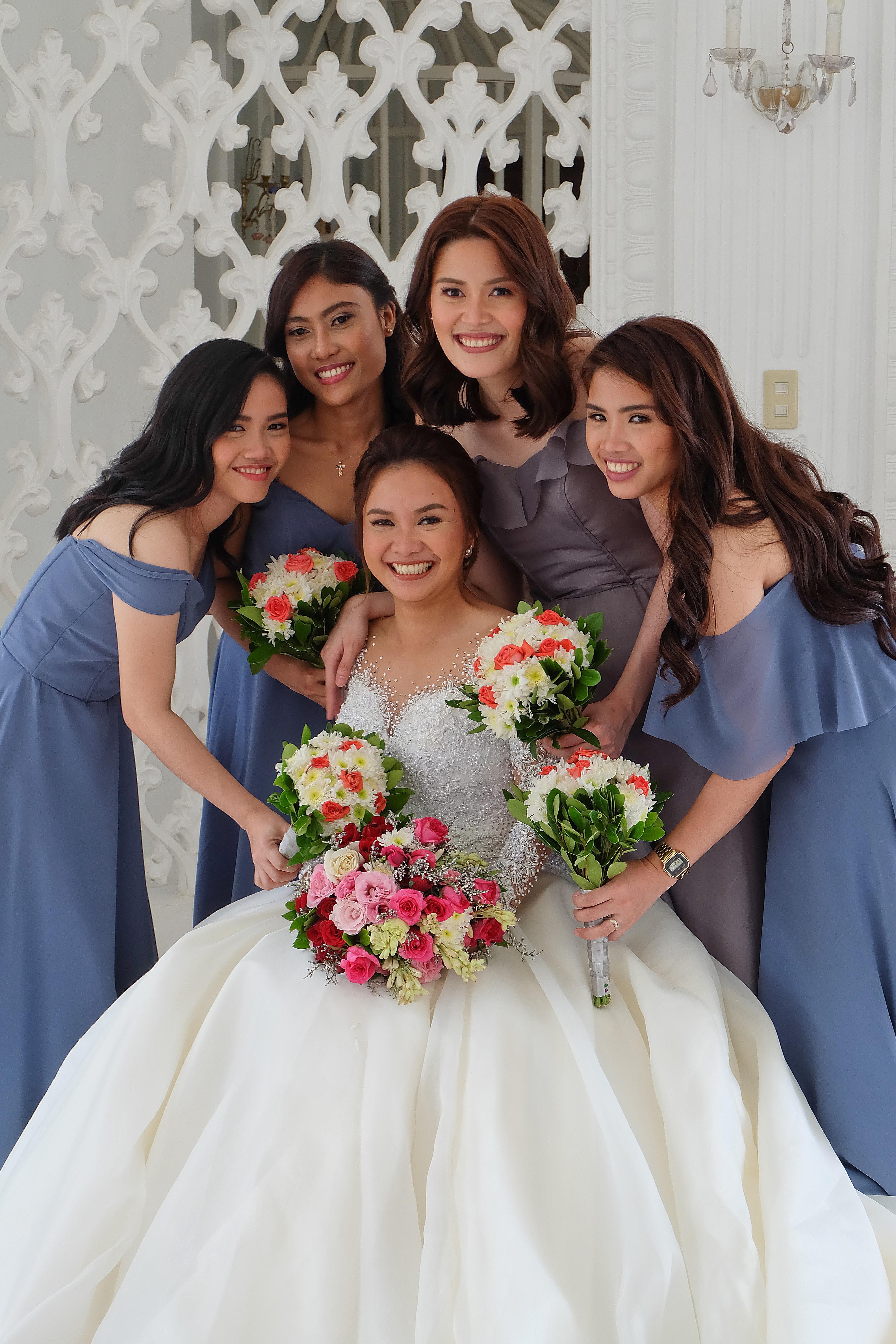 WEDDING ENTOURAGE SERVICE