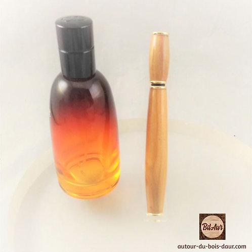 Applicateur de parfum en Prunier Sauvage (Bois Européen TF) Plaquage Or 10K