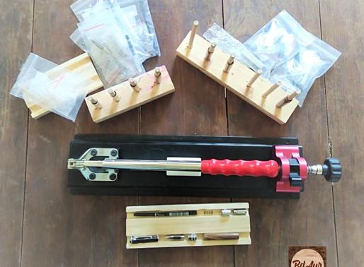 Procédé de fabrication des stylos, applicateurs à parfum...