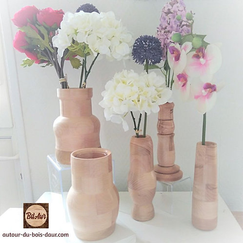 Vases et soliflores en hêtre segmenté _ FICHE PRODUIT TEMPORAIRE
