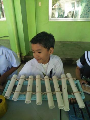 musical_instruments_6.jpg