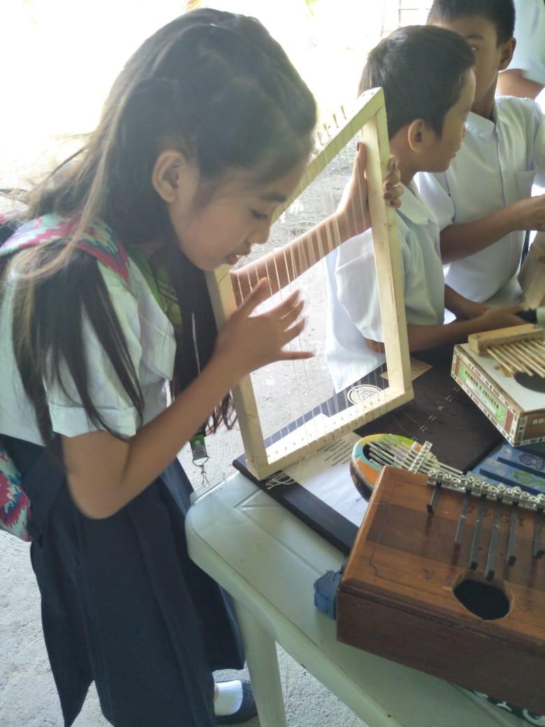 musical_instruments_14.jpg