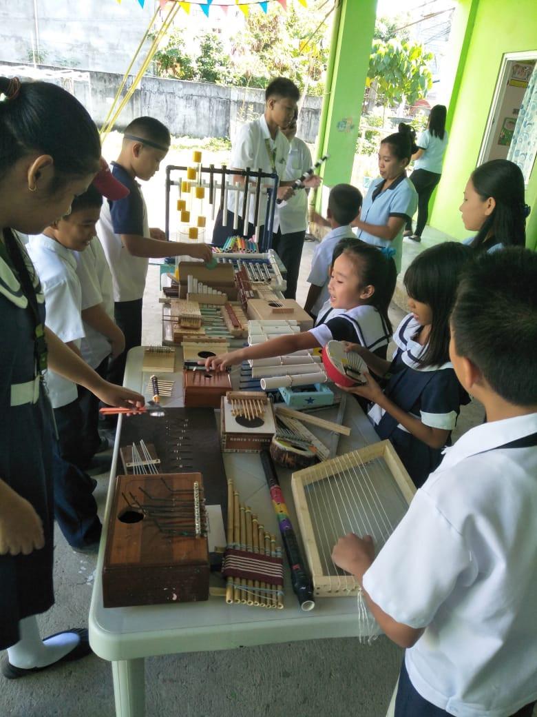 musical_instruments_23.jpg